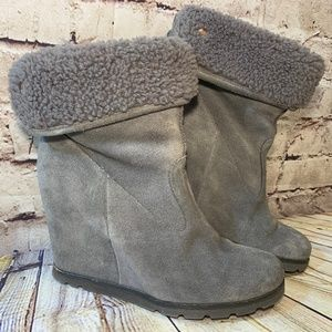 UGG Gray Suede Faux Fur Wedged Ankle Booties Sz 7